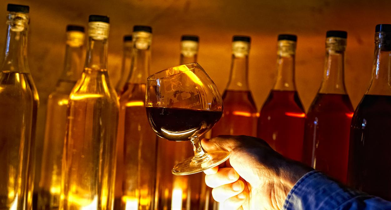 Tasting of armagnac at the Château de Cassaigne