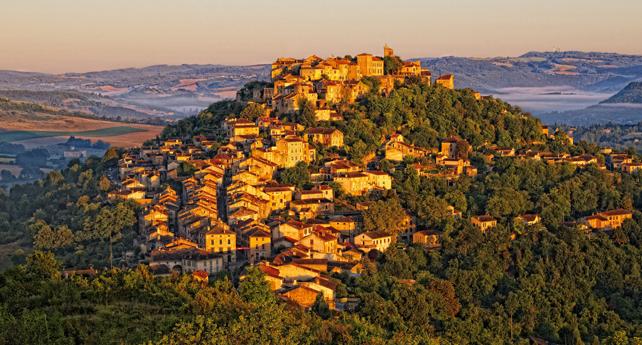 Cordes sur ciel, vineyard of Gaillac