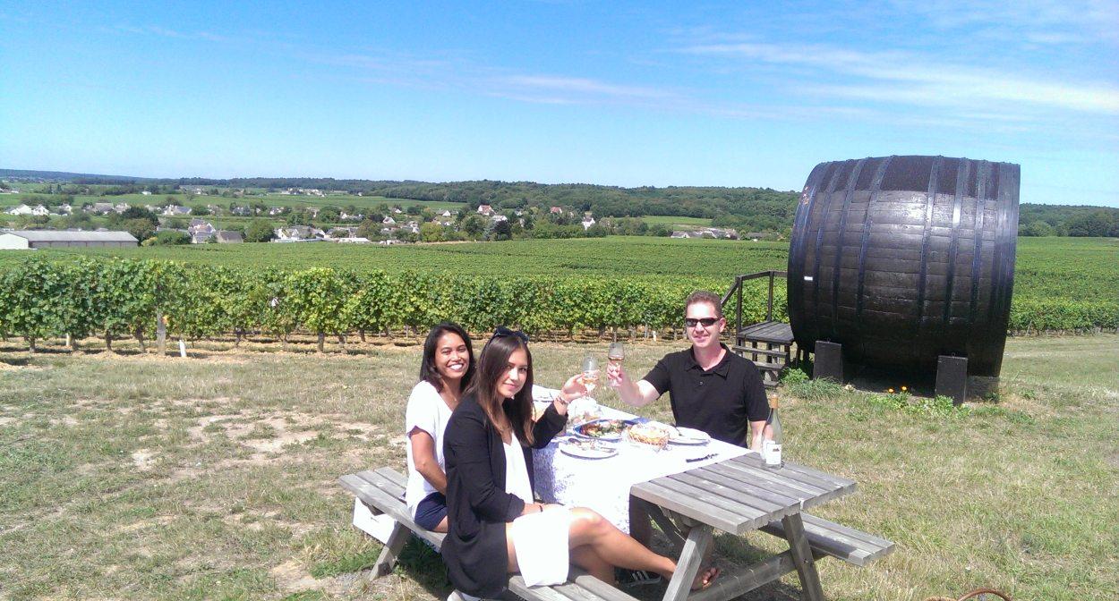 Enjoying a getaway in the vineyards of Touraine © Val de Loire Travel
