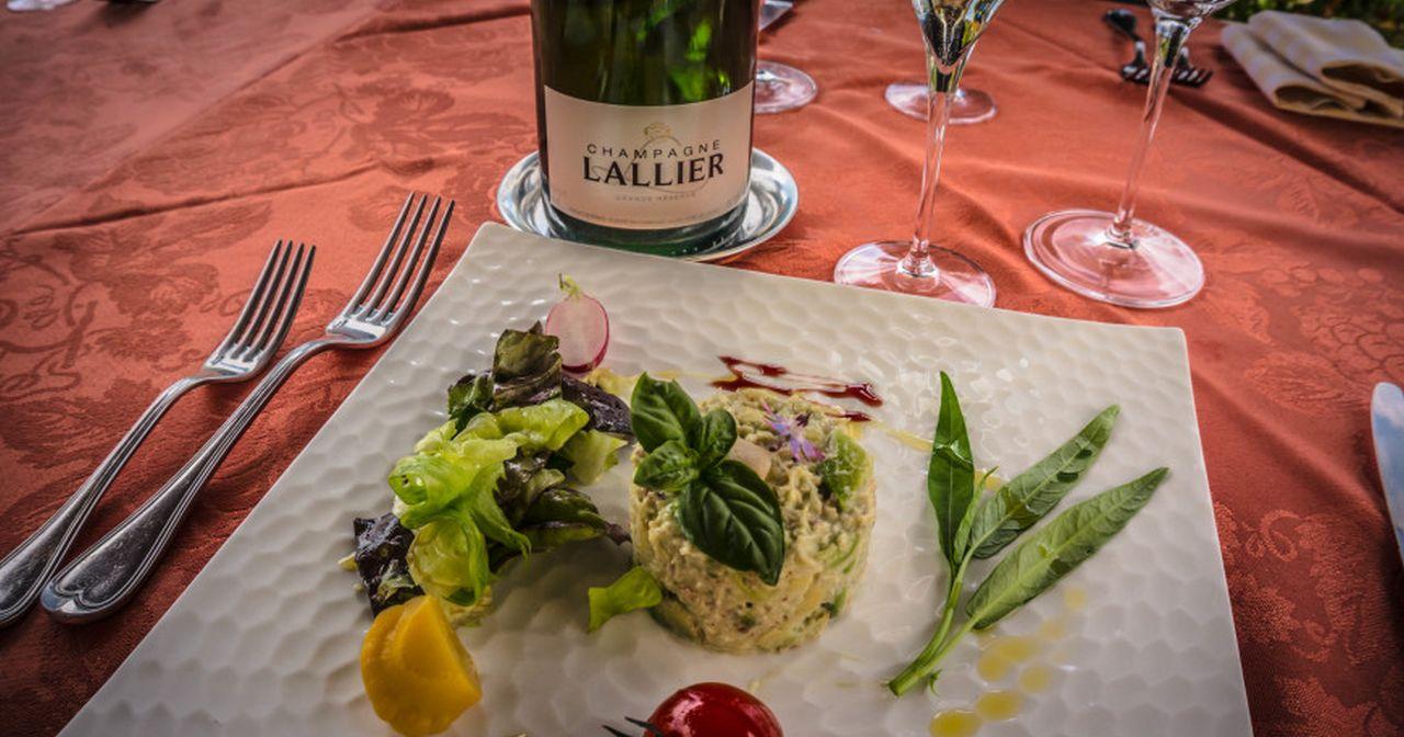 Champagne & Food pairing ©Carol Cain