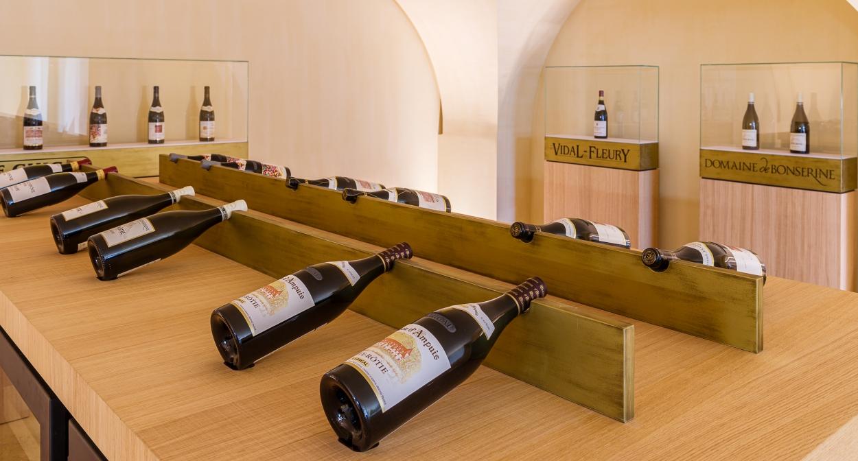 Les Trésors, vins d'exception et sélections parcellaires au Caveau du Château © Chalaye photographie pour Le Caveau du Château
