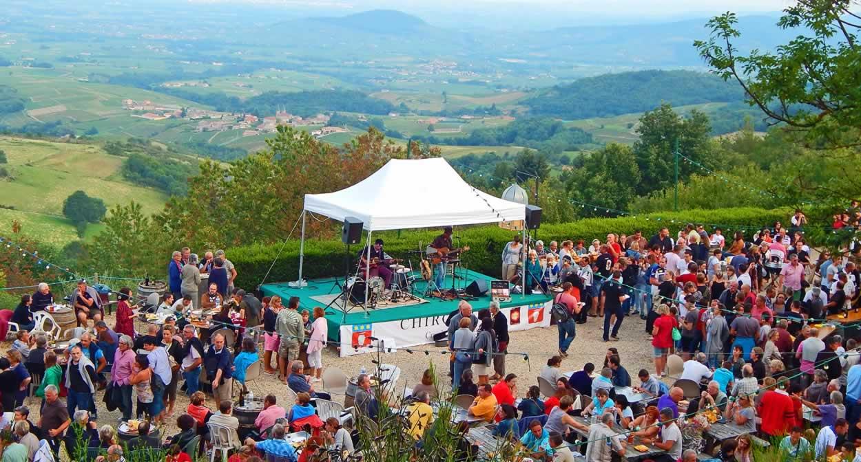 Le Beaujolais fête l'été, Beaujolez-vous, Les Estivales ©Office de Tourisme Beaujolais Monts et Vignobles