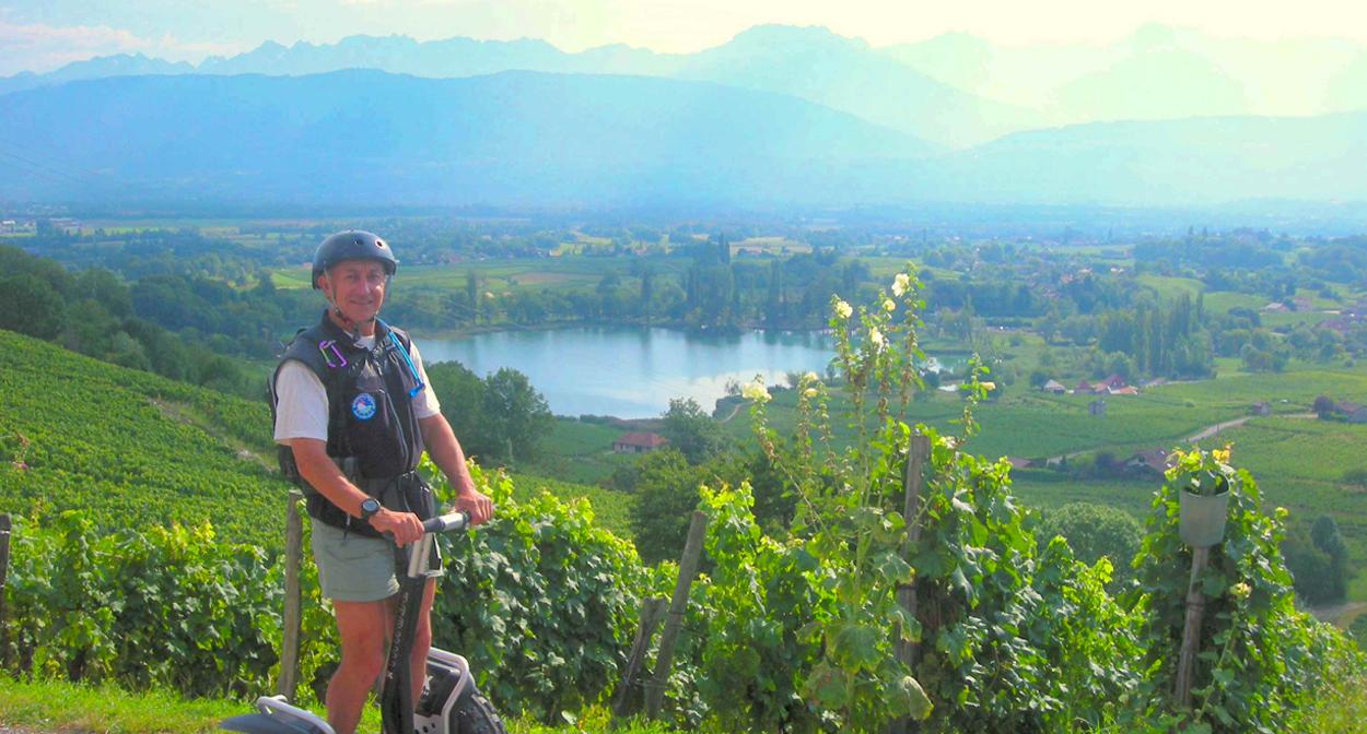 Walks and wine in the savoie vineyard