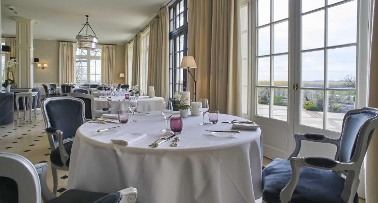 Restaurant dining room ©Relais & Châteaux