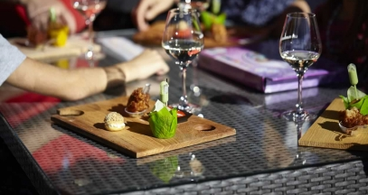 Restauration gastronomique et dégustations aux Muscadetours Pays de la Loire © Office de tourisme du Vignoble de Nantes / Fred Radideau – Look-Food