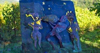 Les Vignes Réboussières présentent des artistes au milieu des vignes © Vignes Réboussières
