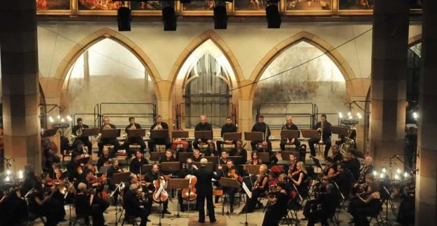 Le Festival rend hommage au pianiste©Bernard FruhinsholzThe Festival pays tribute to the pianist©Bernard Fruhinsholz