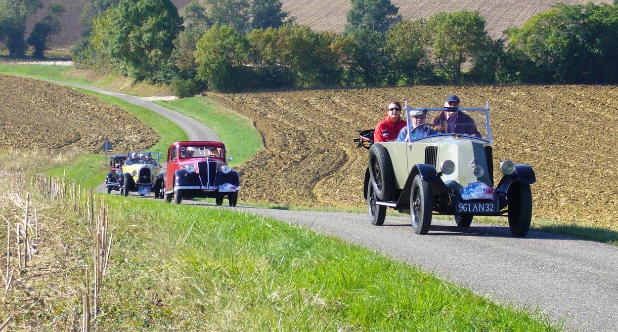 Tour of Armagnac in vintage cars